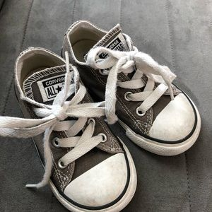 toddler converse - gray